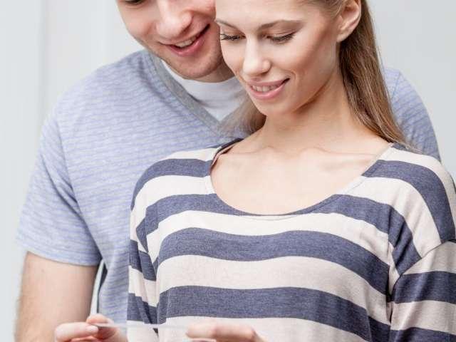 10 pași pe care trebuie să-i parcurgă un cuplu care urmează o procedură FIV