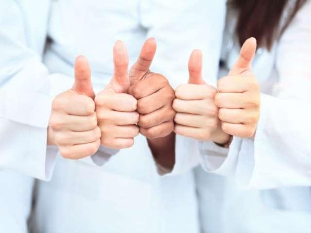 Reușita unei proceduri FIV se datorează muncii de echipă